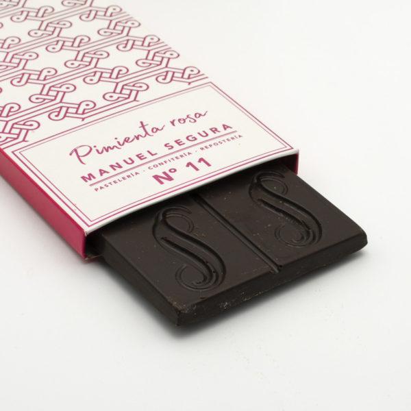 Chocolate Negro con Pimienta Rosa